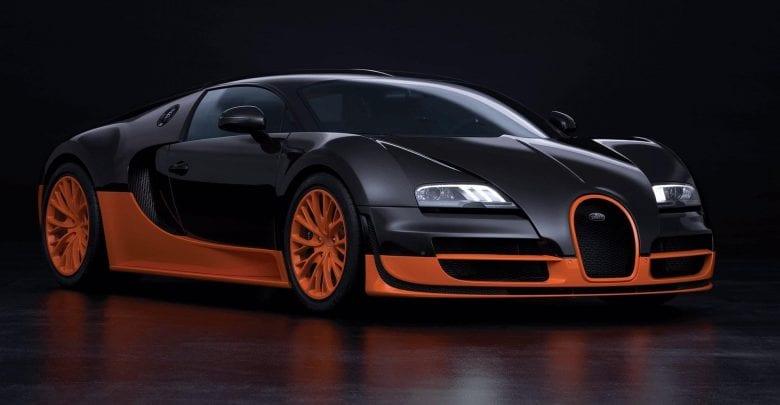 Bugatti VEYRON run 400.5kph on German Autobahn